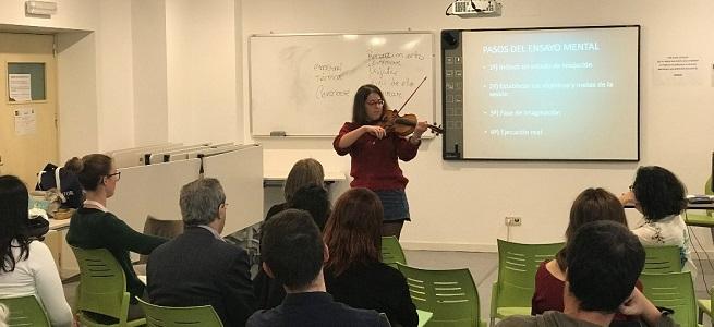 teoria y practica  Resumen de las I Jornadas Universitarias Internacionales de Psicología y Música en la UNED
