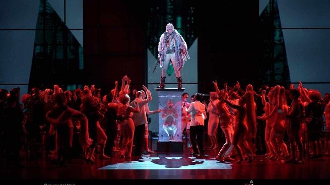 opinion  Vistosa producción de Faust, de Gounod magistralmente cantada en el Teatro Real