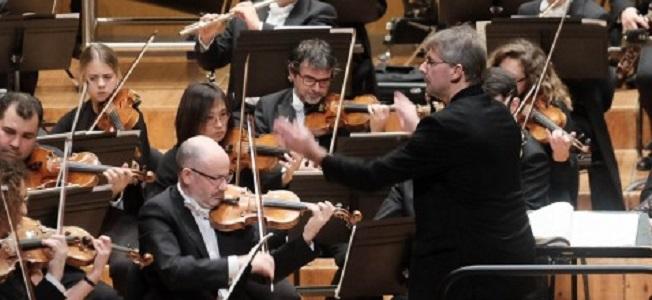 clasica  El XLVI Ciclo de Grandes Autores e Intérpretes de la Música inaugura su temporada con la Real Filharmonía de Galicia