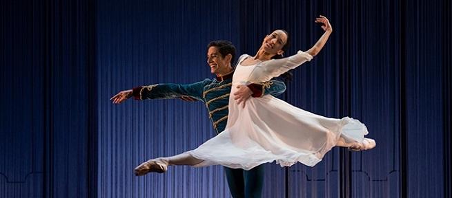 clasica danza  El Cascanueces de la Compañía Nacional de Danza sube al escenario del Teatro Real