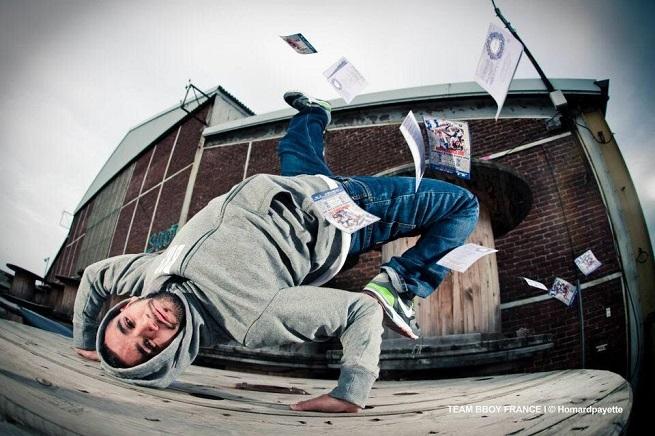 notas  Comienzan los talleres de hip hop y break que conectan las culturas urbanas de Berlín   París   Madrid