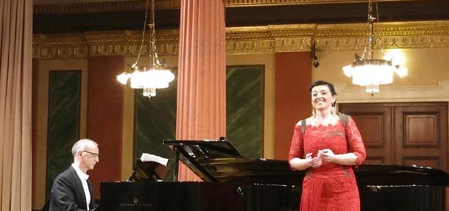 clasica  La soprano Lucía Castelló y el pianista Alejandro Zabala estrenan una canción inédita de Manuel de Falla