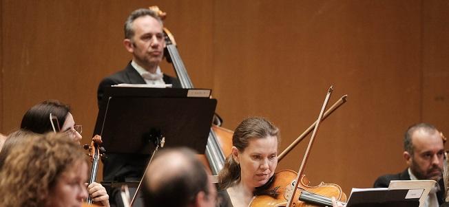 clasica  La Real Filharmonía de Galicia celebra su tradicional concierto de Navidad, bajo la batuta del director catalán Francesc Prat