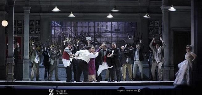 opinion  Un sueño ácido en el Teatro de la Zarzuela