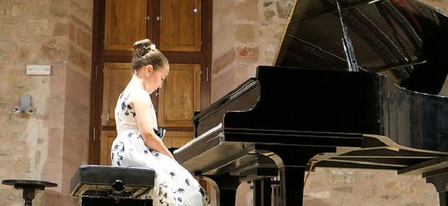 convocatorias concursos  X Concurso Internacional de Piano Pequeños Grandes Pianistas