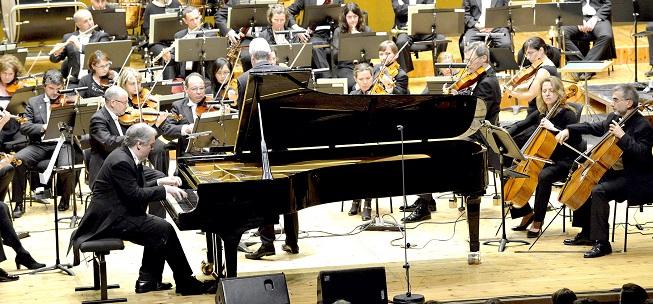 clasica  El pianista Nicholas Angelich protagoniza tres conciertos con Real Filharmonía de Galicia