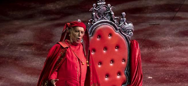 reporturia  Rigoletto en El Palau de les Arts.¡Qué locura... qué locura!