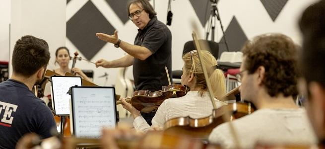 universidad  La Orquesta Filarmonía de Madrid colabora con 80 estudiantes de composición de la UNIR