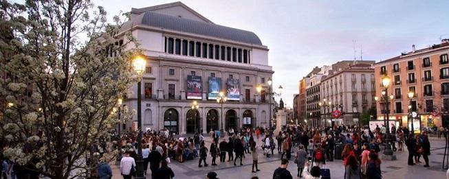 lirica  Jornada de Puertas Abiertas en el Teatro Real