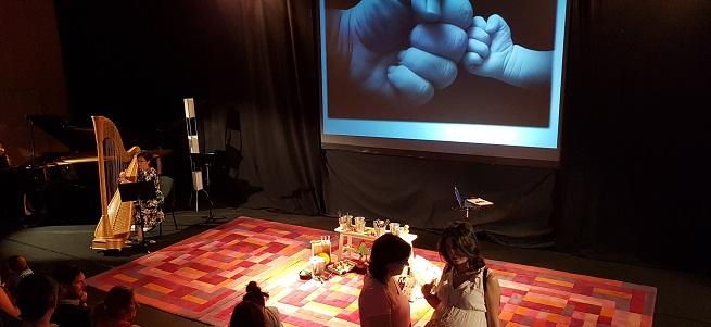 para ninos  Taller con bombo y platillos: La música en las etapas prenatal y perinatal
