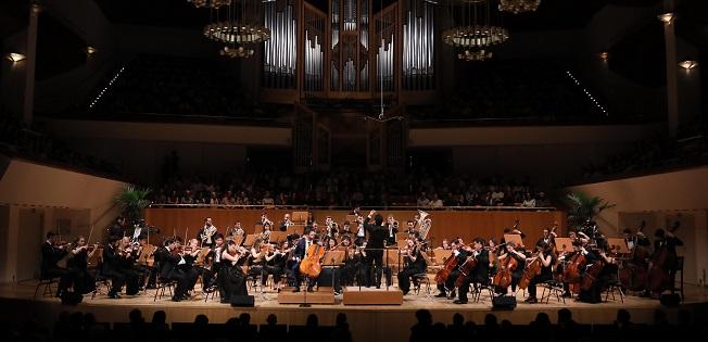 temporadas  Temporada de Música de la Fundación BBVA, con 35 conciertos y 4 óperas, 8 estrenos mundiales y 11 en España