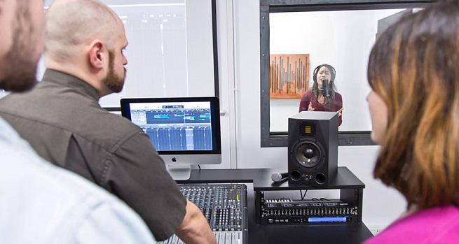 becas  Becas para estudiar Producción Musical Avanzada
