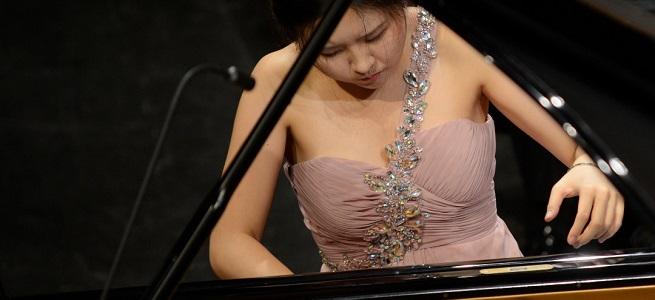 clasica  Programa ruso con la pianista Chloe Jiyeong Mun y la ORCAM