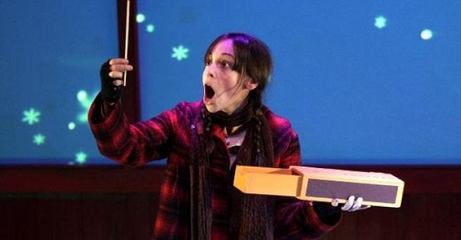 para ninos  La pequeña cerillera, cuento musical de Navidad, en el Teatro Real