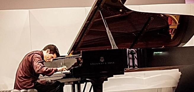 novedades  Bruno Vlahek se adentra en el mundo interior de Rachmaninov en su nuevo cd