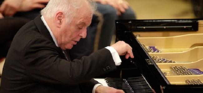 festivales  Daniel Barenboim ofrecerá un recital benéfico en el Festival de Granada