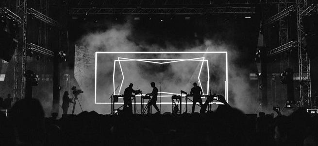 informatica y electronica  iMusician, una plataforma que vende gestiona y monetiza música a nivel mundial