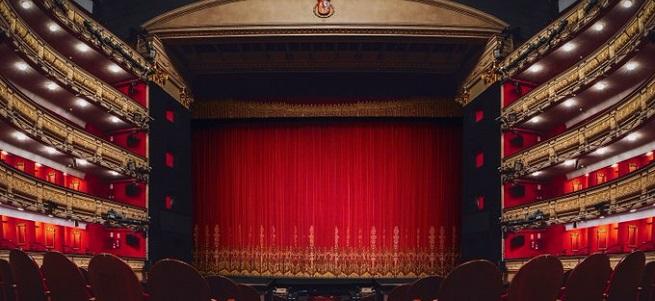actualidad  El Teatro Real cancela una función de Un ballo in Maschera por protestas de un grupo del público sobre las medidas de seguridad