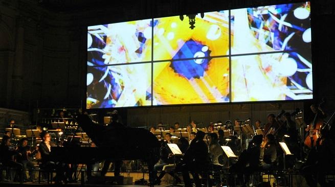 contemporanea  La Orquestra Simfònica de Barcelona i Nacional de Catalunya interpreta obras de Adès, Schumann y Strauss bajo la dirección de Josep Caballé Domenech