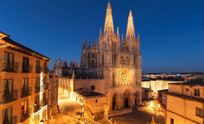 temporadas  Gustavo Dudamel, Javier Camarena, o los Niños Cantores de Viena llenarán de música el VIII Centenario de la Catedral de Burgos