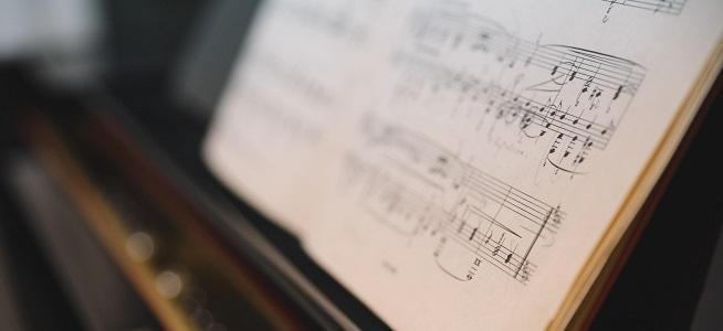 """clasica  Galería Toro presenta """"Primer Concierto Online del 2021: violonchelo y piano. Concierto comentado"""