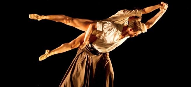 contemporanea danza  It Dansa se presenta por primera vez en el escenario del Teatro Real