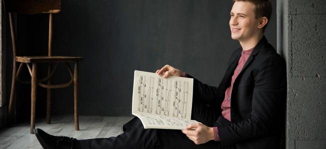 clasica  El pianista Dmytro Choni viaja alrededor de Mozart y Chopin en Madrid y Santa Cruz de Tenerife