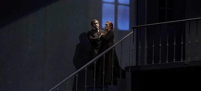 opinion  El Liceu recupera una aplaudida producción de Les Contes dHoffmann