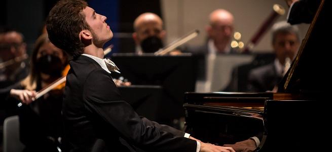 """premios  El pianista ruso Valentin Malinin se impone en la 62ª edición del Premio """"Jaén"""" de Piano de la Diputación"""