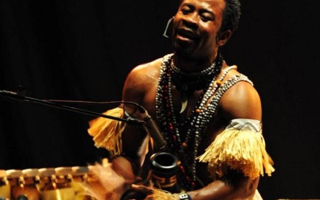 """musicas del mundo  La cultura africana se introduce en el escenario de la Sala Off a través de los ritmos de """"El Percusionista"""""""