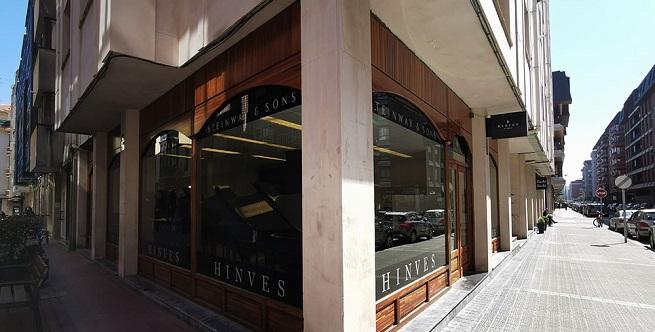 marcas  Apertura de la tienda de Hinves Pianos Bilbao