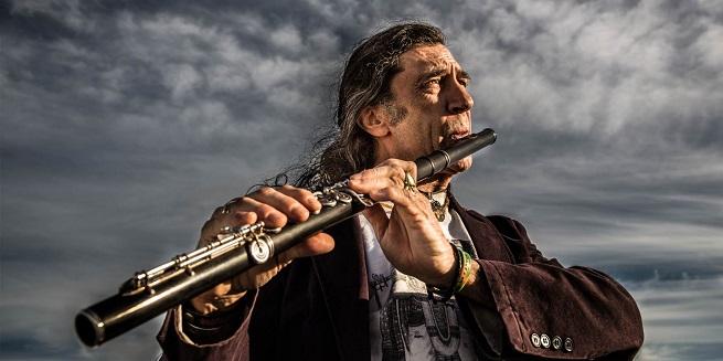 jazz  Jorge Pardo fusiona la elegancia del jazz con el sentimiento del flamenco sobre el escenario del Teatro Arriaga
