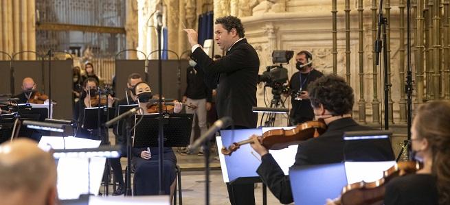 notas  Estreno del documental 'La Catedral y el director. Dudamel en Burgos'
