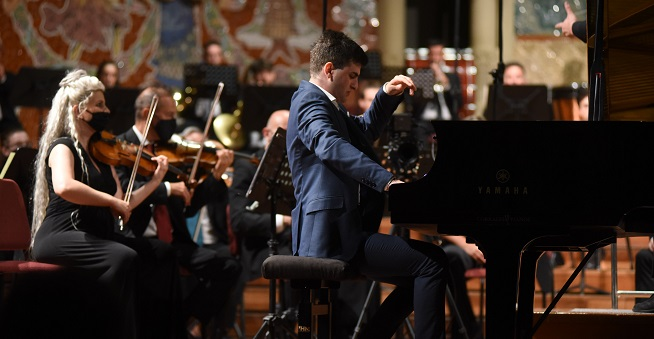 premios  El pianista georgianoSandro Gegechkori gana el 66ºConcurso Internacional de Música Maria Canals de Barcelona