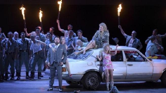 lirica  El Institut français retransmite Carmen, de Bizet en la versión de Calixto Bieito